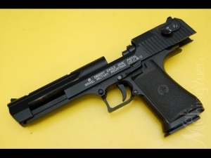 C 20 Full metal air soft BB pellet pistol gun india (Model:-DESERT EAGLE PISTOL  ISRAEL MILITARY INDUSTRIES LTD(I.M.I))