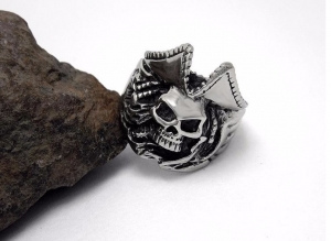 Stainless Steel Caribbean Captain Pirate Skull Ring Mens Skeleton Biker Rings Jewelry Cool Punk Accessory
