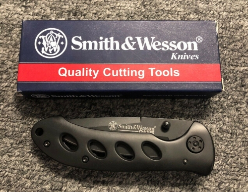Smith-Wesson-Oasis-Linerlock TactoysIndia.com